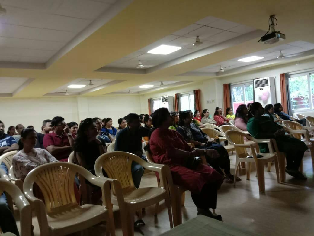Manam Foundation experts conducted a session at Happy Hours School for parents with children bet age group 3 – 6 years old.